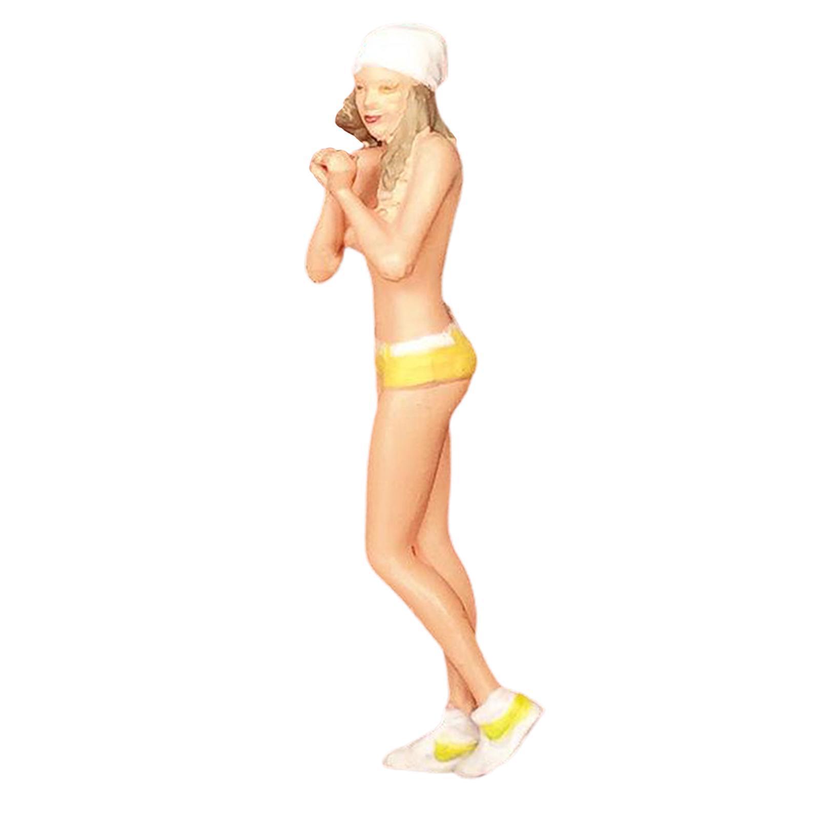 miniature 55 - RACE MEDAL 1:64 Scale Resin Figures Female Doll Train Model Layout Decor