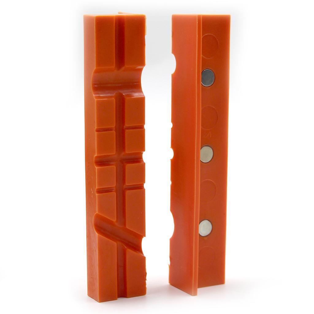 2pcs-Set-Magnetico-Morsa-Mascella-Pad-Covers-Protezioni-Multi-Scanalato-Morbido miniatura 6